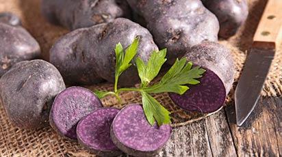 Beneficiile consumului cartofului mov pentru sănătate