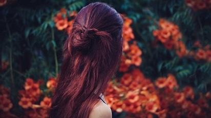 Remedii din plante pentru îngrijirea si regenerarea părului
