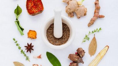 Sănătate la tine acasă: 9 plante medicinale benefice organismului